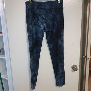 NWOT navy tie-dye ankle leggings